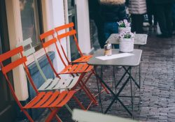 Mange arter af cafémøbler